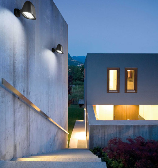 Iluminaci n de exteriores forum blog - Apliques de luz para exteriores ...